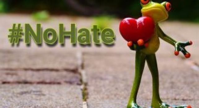 "Being ""In Hate"" Affects Your Brain"